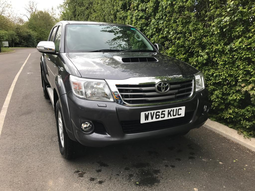 Evems.com - Fire Engines For Sale - Toyota Hilux 2.5 I-CON (2)