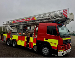 Evems.com - Fire Engines for Sale - <a href='/index.php/aerial-platforms/202-bronto-f32-hdt2000er' title='Read more...' class='joodb_titletink'>Bronto F32 HDT2000ER</a>