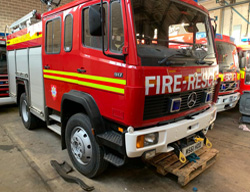 Evems.com - Fire Engines for Sale - <a href='/index.php/special-builds/208-mercedes-917-4x4-wrl' title='Read more...' class='joodb_titletink'>Mercedes 917 4x4 WrL</a>