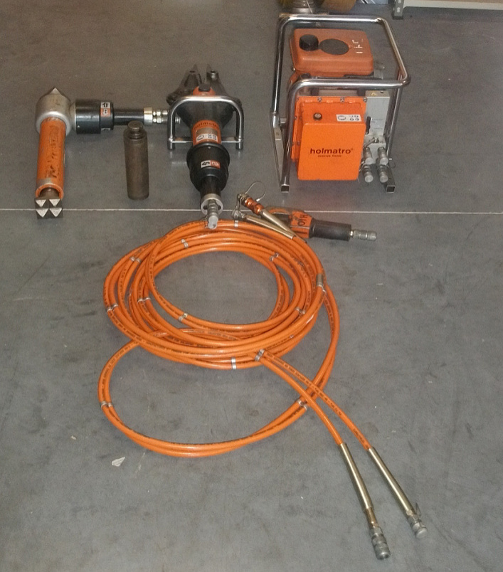 Evems.com - Fire Engines For Sale - Hydraulic Cutting Gear